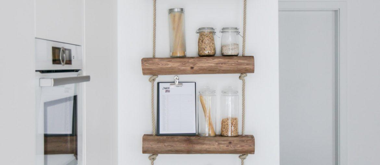 Do-it-yourself Regal aus Altholz - DIY Regal Idee