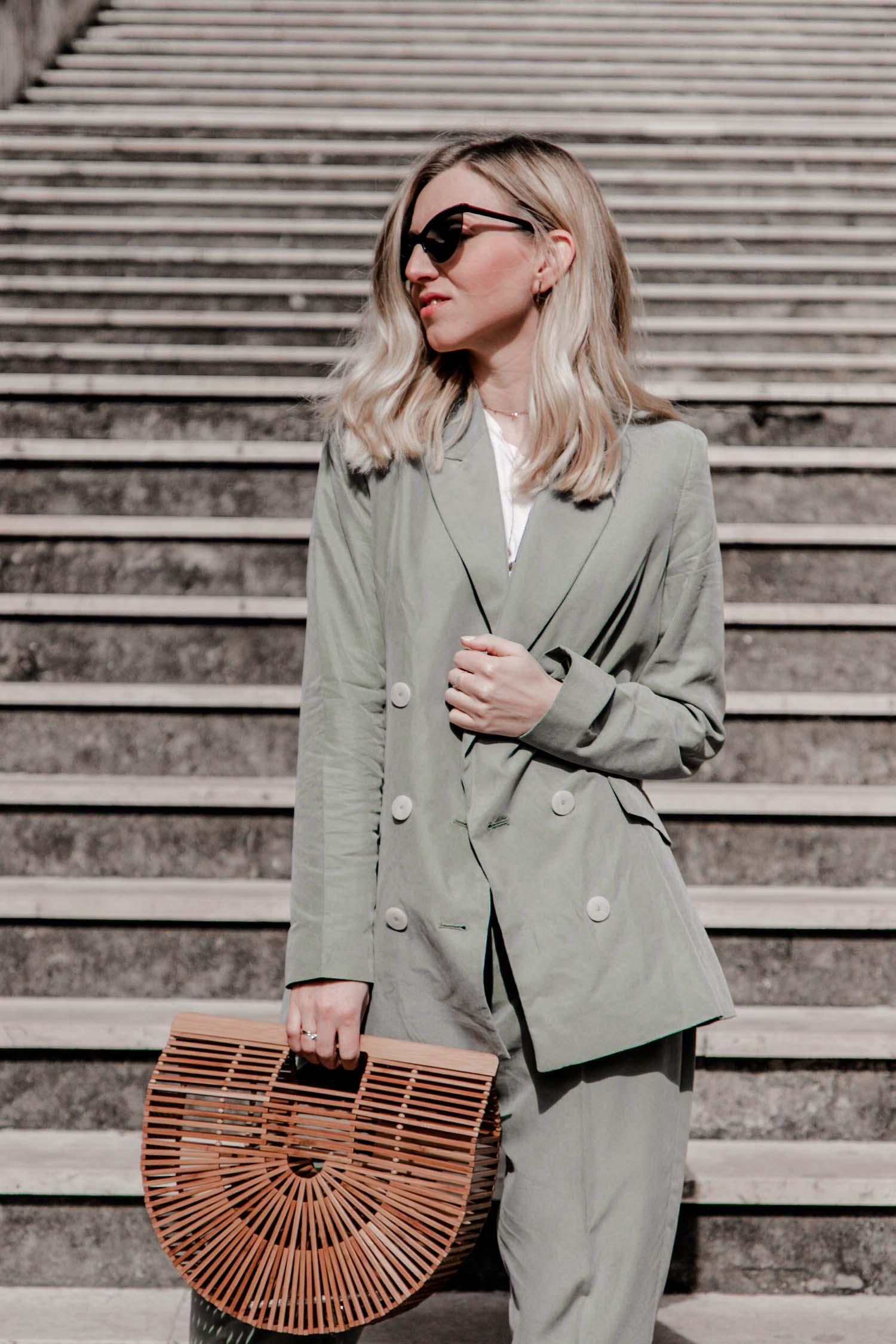 portoroz outfit: hosenanzug in salbeigrün