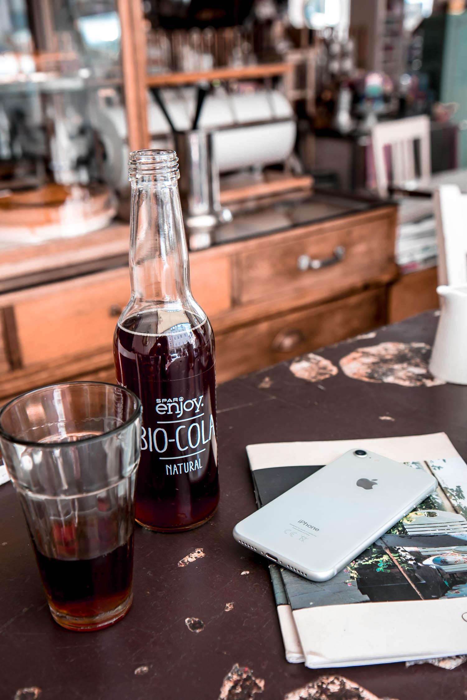 Bio Cola aus Salzburg - regionales Cola weniger Zucker