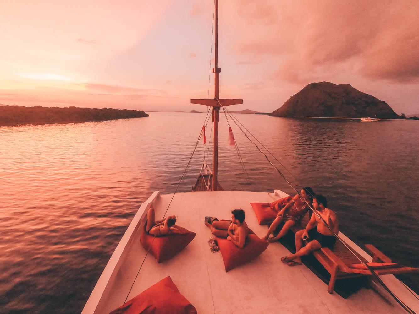 komodo boat trip - Komodo national park