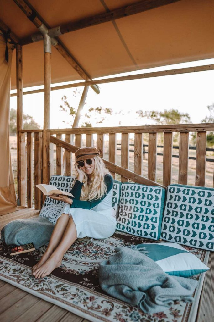 Luxury Glamping Leseecke